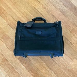 TUMI rolling carryon luggage / briefcase /suitcase